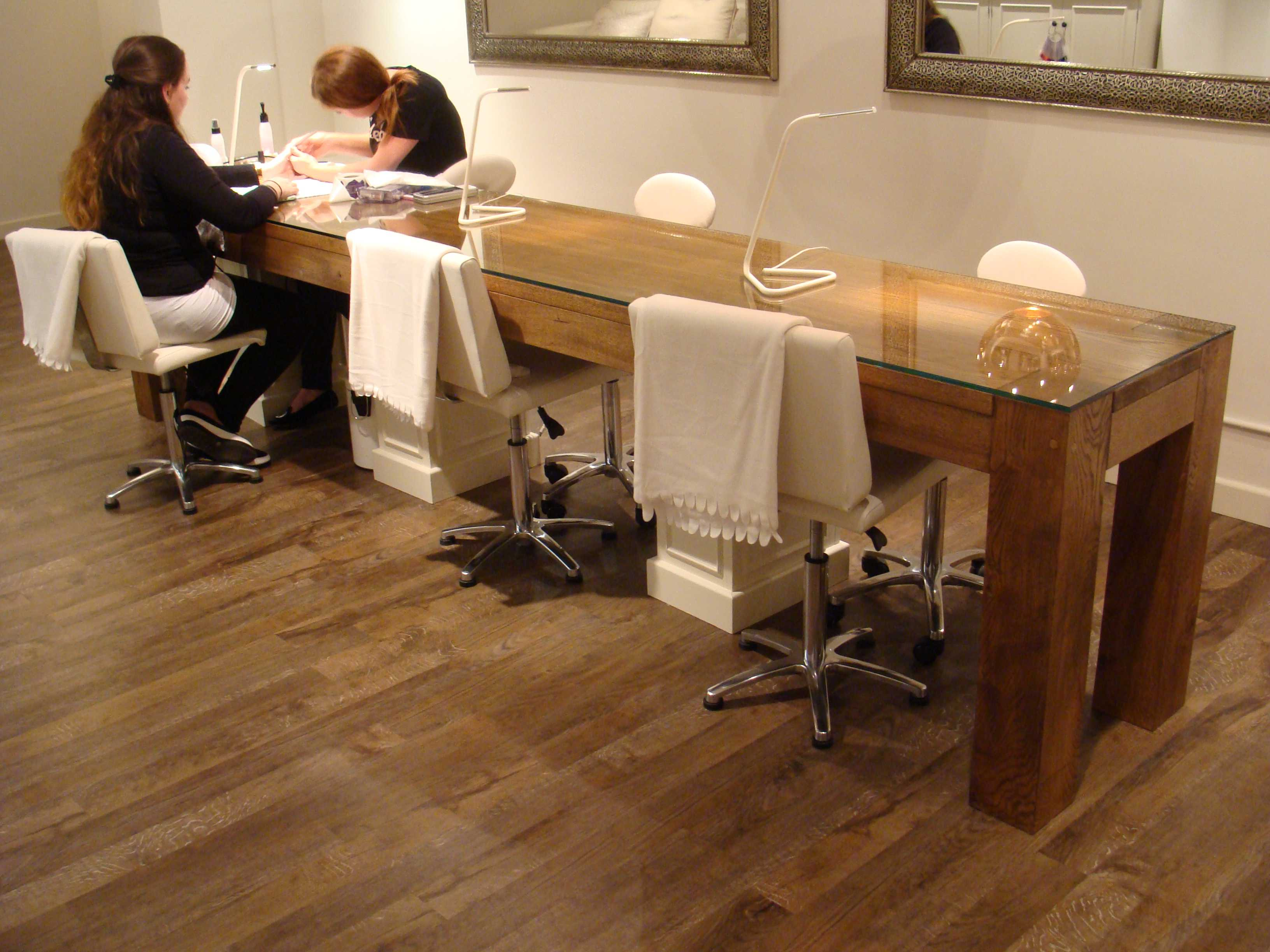 Nail bar furniture for Nail table and chairs