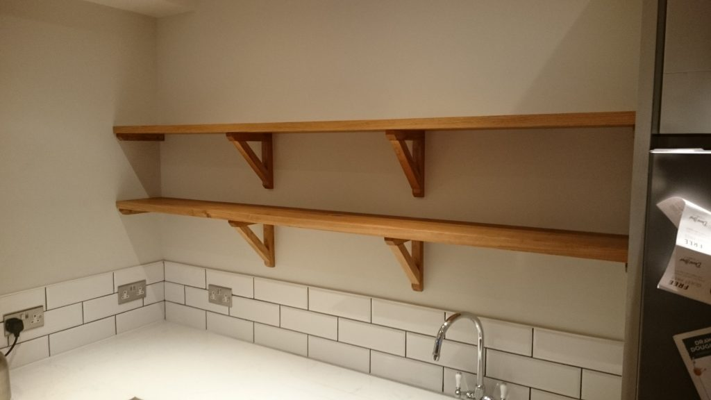 Oak kitchen shelf 2